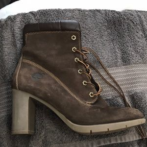 Timberland Dark Brown Suede Heeled Boots